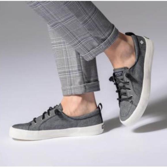 Crest Vibe Crepe Chambray Sneaker sz 8